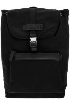 fadc2799375b Рюкзак Черный текстильный рюкзак с откидным клапаном Kent Michael Kors  черно-белые