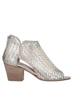 Полусапоги и высокие ботинки Sa.Ra. Shoes
