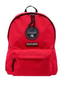 Красный рюкзак с символикой бренда Napapijri