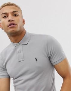 Облегающее серое поло из пике с логотипом Polo Ralph Lauren - Серый