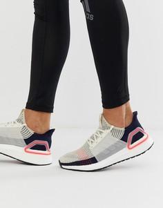 Светло-бежевые кроссовки со вставками Adidas Running Ultra Boost 19 - Бежевый
