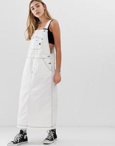 Свободное джинсовое платье-комбинезон Carhartt WIP - Белый