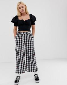 Свободные брюки в клетку с вышивкой вишни Lazy Oaf - Черный