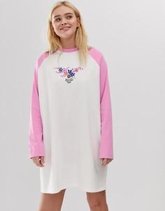 Платье-футболка с рукавами реглан и цветочным принтом Lazy Oaf - Белый