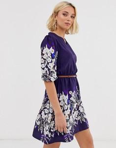 Платье с рукавами 3/4, поясом и цветочным принтом Yumi - Темно-синий