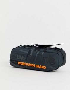Черный пенал с камуфляжным принтом Superdry Academic - Черный