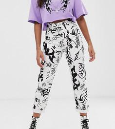 Джинсы в винтажном стиле с принтом в виде граффити Reclaimed Vintage inspired - the 91 - Мульти