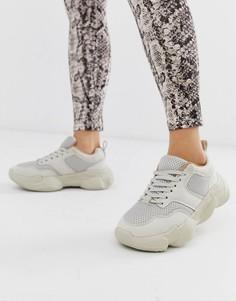Серые кроссовки на толстой подошве Missguided - Белый