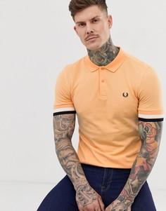 Оранжевое поло с контрастными манжетами Fred Perry - Оранжевый