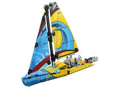 Конструктор Lego Technic Гоночная яхта 42074