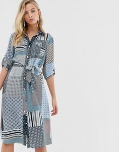 Платье-рубашка с комбинированным принтом и поясом Liquorish - Мульти