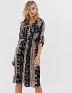 Платье-рубашка с цветочным принтом и поясом на талии Liquorish - Мульти
