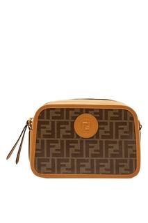 Светло-коричневая сумка Camera Case Fendi