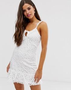 Платье с глубоким вырезом и кружевной накладкой Parisian - Белый