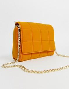1a93061983492 Стеганая бархатная сумка с ремешком-цепочкой French Connection Rafa - Желтый