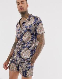 Атласная рубашка с принтом пейсли и воротником в виде лацканов Urban Threads - Темно-синий
