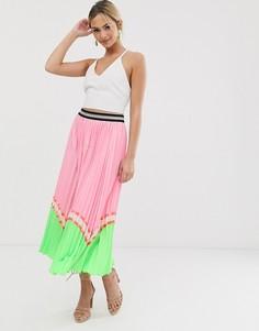 Розовая плиссированная юбка макси в стиле колор блок Liquorish - Розовый