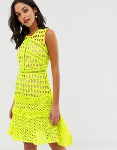 Неоново-желтое кружевное платье с оборками Liquorish - Желтый