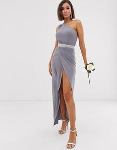Платье макси на одно плечо с отделкой на поясе Club L London bridesmaid - Серый