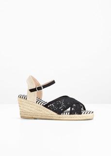 Пляжная обувь Босоножки на танкетке Bonprix