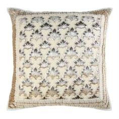 Декоративные подушки Подушка декоративная 65х65 Laroche