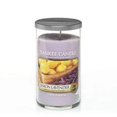 Свечи, подсвечники, аромалампы Ароматическая свеча в стакане Yankee Candle Лимон и лаванда (1221185E)
