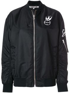 McQ Alexander McQueen куртка-бомбер с нашивками