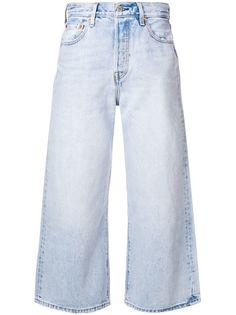 Levis укороченные расклешенные джинсы