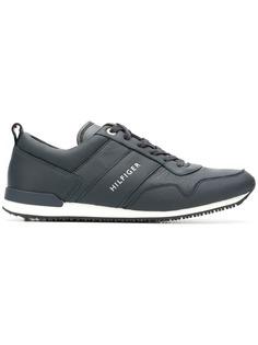 Tommy Hilfiger кроссовки с панельным дизайном