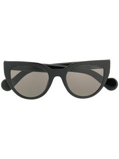 Moncler Eyewear солнцезащитные очки в оправе кошачий глаз