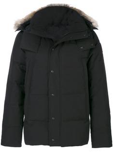 Canada Goose пуховое пальто с меховой оторочкой