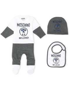 Moschino Kids комплект из комбинезона, шапки и нагрудника