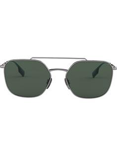 Burberry Eyewear солнцезащитные очки-авиаторы в квадратной оправе