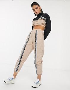 Розовые спортивные брюки с лентами adidas Originals RYV - Кремовый