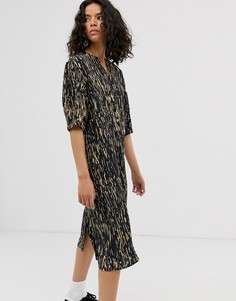 Разноцветное платье-рубашка миди с лесным принтом Weekday - Мульти