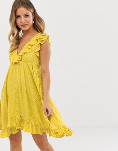 Короткое приталенное платье с оборками Glamorous - Желтый