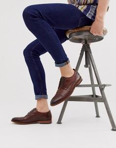 Коричневые туфли с отделкой на носке Base London - Trailer - Коричневый
