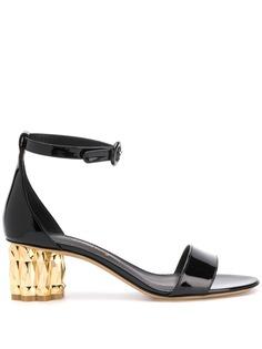 Salvatore Ferragamo босоножки на каблуке