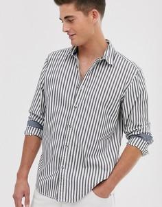 Серая зауженная футболка в вертикальную полоску Esprit - Черный