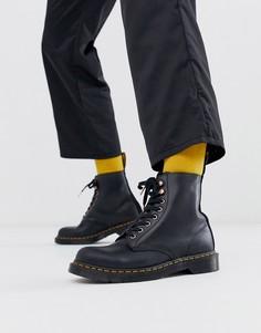 Черные замшевые ботинки с 8 парами люверсов Dr Martens 1460 Pascal - Черный