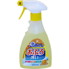 Чистящее средство Nihon Detergent спрей-пена для ванны, с антибактериальным эффектом и апельсиновым маслом, 400 мл