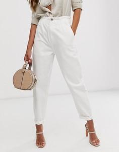 Суженные книзу мягкие белые джинсы с эластичным поясом ASOS DESIGN - Белый