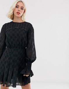 Платье мини Stevie May nuance - Черный