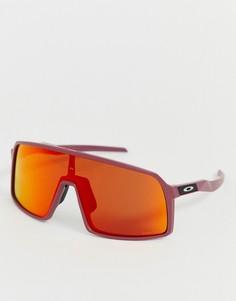Солнцезащитные очки со стеклами рубинового цвета Oakley Sutro - Красный