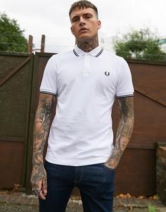 Белая футболка-поло с отделкой двойным кантом Fred Perry - Белый