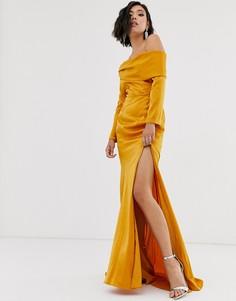 Платье макси с открытыми плечами и высоким разрезом Yaura - Золотой