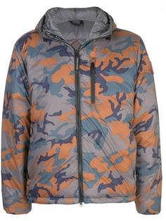Canada Goose куртка-пуховик с камуфляжным принтом