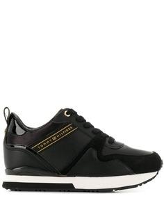 Tommy Hilfiger кроссовки на шнуровке