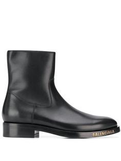 Balenciaga ботинки с логотипом
