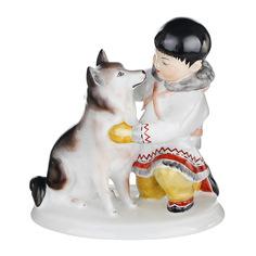 Скульптура ЛФЗ - якут с собакой